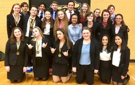 Speech team talks their way to state competition