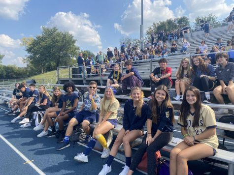 Blue and gold day brings students together