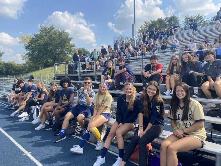 Blue+and+gold+day+brings+students+together
